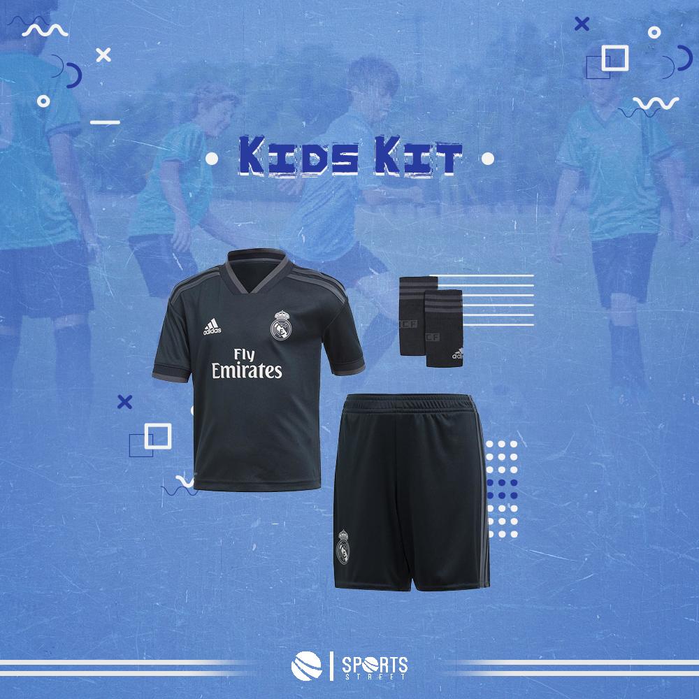 7cc29a114 ... Real Madrid Away Kids Set 18/19 With Socks ...